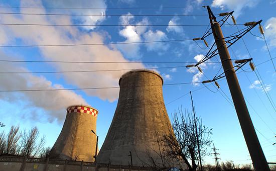 Третий год подряд продолжает сокращаться производство и распределение электроэнергии, газа и воды