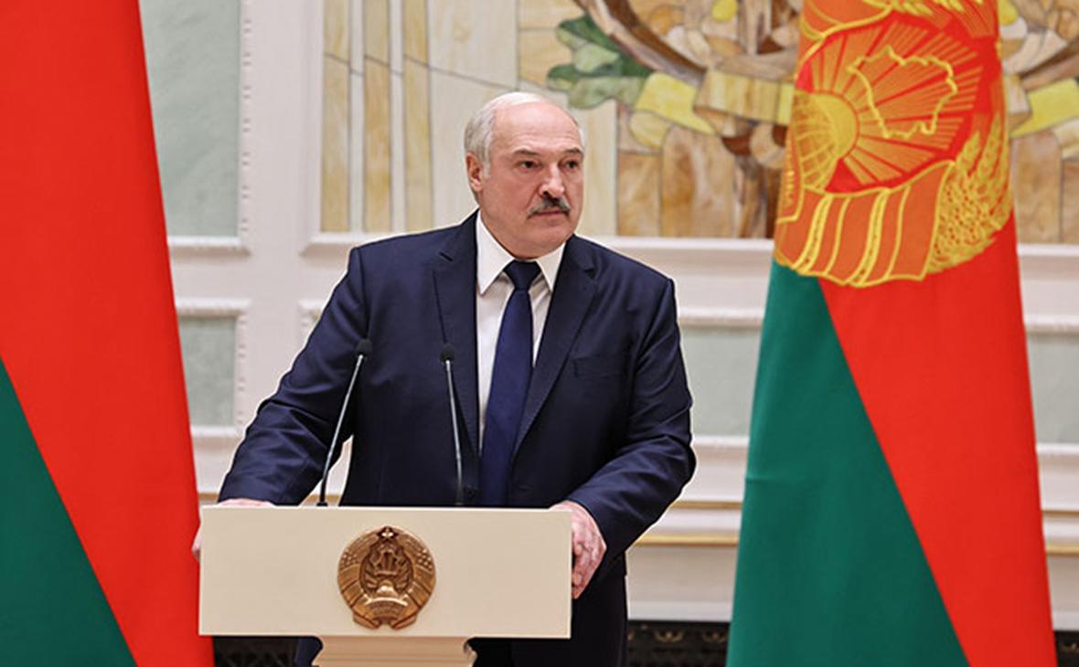 Лукашенко после новых протестов повысил в звании глав КГБ и Минобороны
