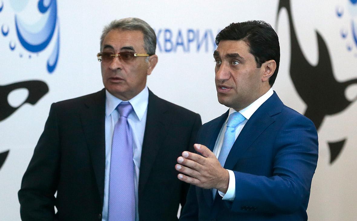 Ильгам Рагимови Год Нисанов (слева направо)