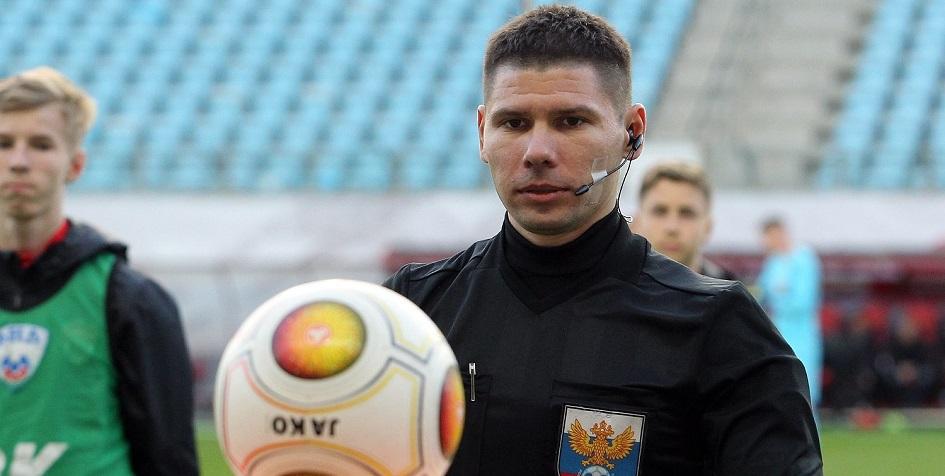 Футбольный арбитр Евгений Кукуляк