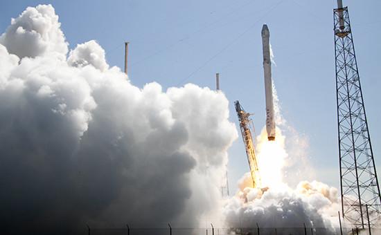 Запуск ракеты Falcon 9