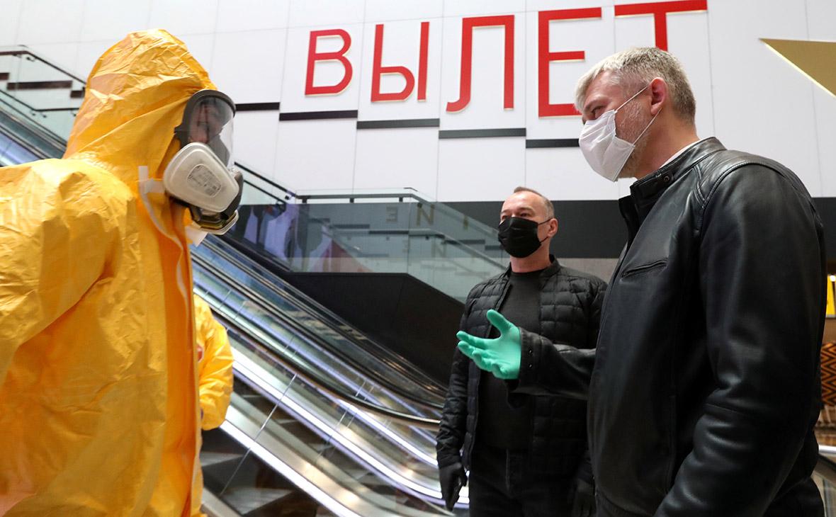 Евгений Дитрих (справа)