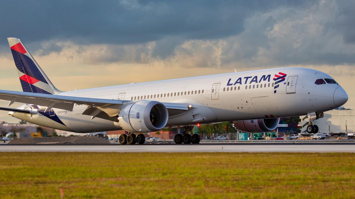 Самолет авиакомпании Latam
