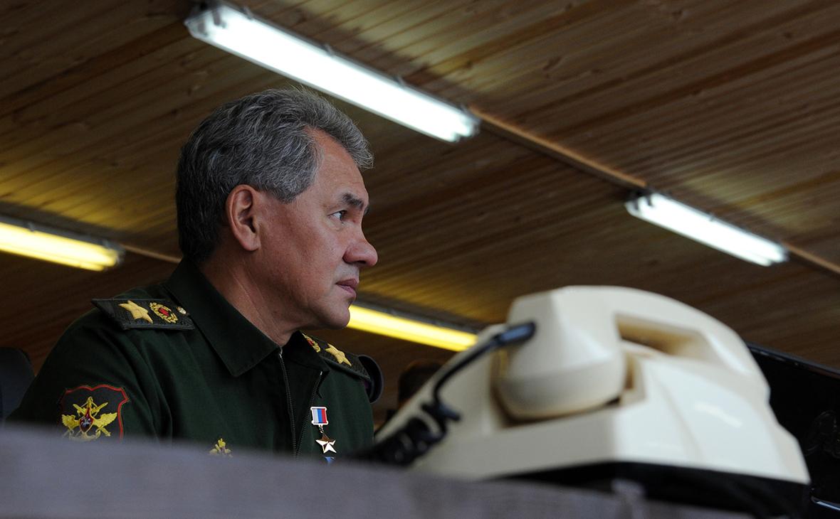 Шойгу пригласил главу Пентагона на парад Победы в Москве