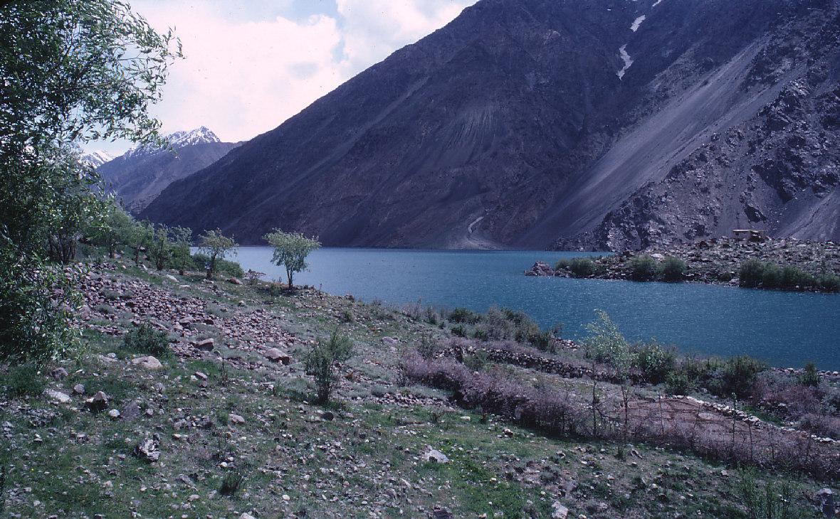 Кашмир, спорная территория, разделенная между Индией и Пакистаном