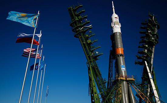 Ракета-носитель «Союз-ФГ» настартовой площадке космодрома «Байконур». Октябрь 2016 года