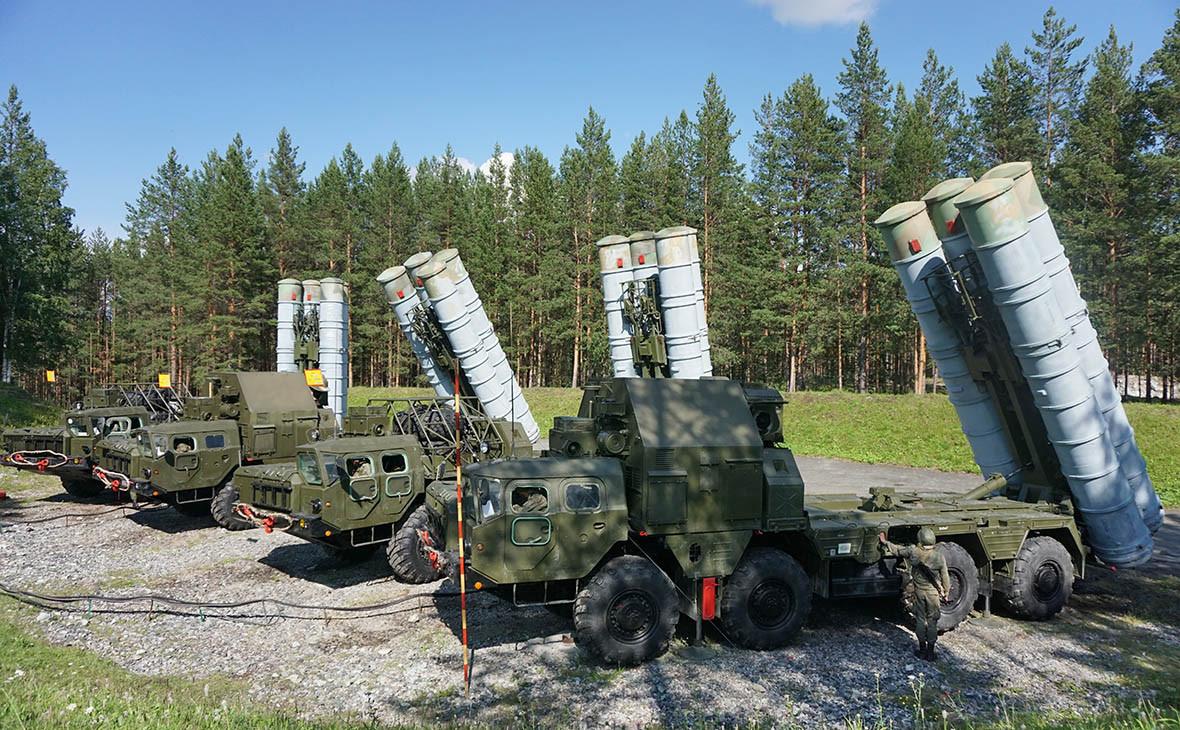 Зенитно-ракетный комплексС-300ПС