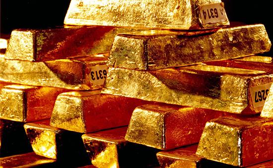 Золотые слитки Бундесбанкав хранилище во Франкфурте-на-Майне