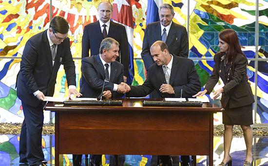 В июле 2014 года президент «Роснефти» Игорь Сечин и гендиректор кубинской государственной нефтекомпании Cupet Хуан Торрес Наранхо подписали Соглашение о сотрудничестве в области повышения нефтеотдачи на зрелых месторождениях