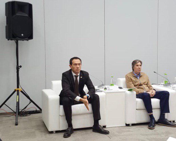 Тимур Нагуманов (слева)