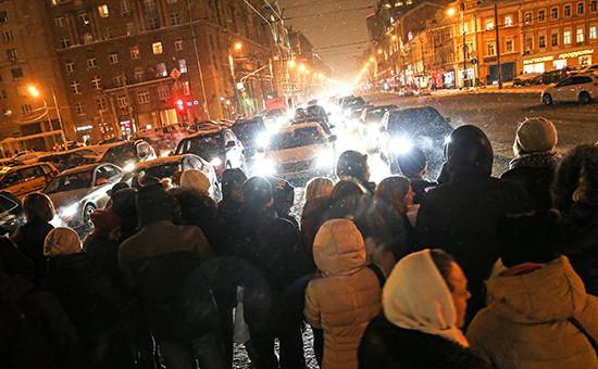Акция протеста валютных заемщиков на 1-й Тверской-Ямской улице