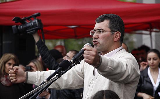 Заместитель председателя оппозиционной партии «Наследие» Армен Мартиросян
