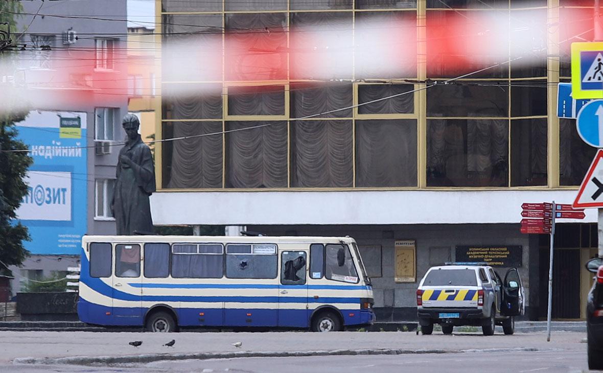Захваченный автобус с заложниками