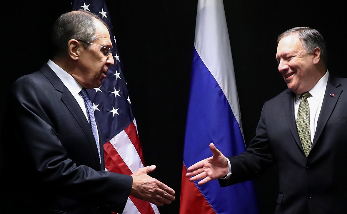 Сергей Лавров и Майк Помпео (слева направо)