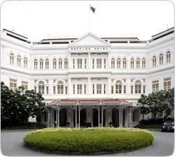 Фото: Отель Raffles, считается одним из самых красивейших мест для отдыха.