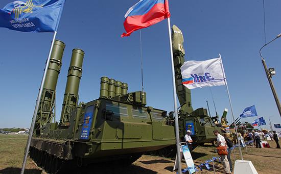 Зенитная ракетная система намеждународном авиасалоне МАКС-2011 вЖуковском
