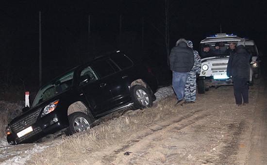 Автомобиль Lexus, найденный врайоне деревни Судаково Ленинского района ипринадлежащий гендиректору сети «Спар. Центральный регион» Антону Белобрагину. 9 февраля 2016 года