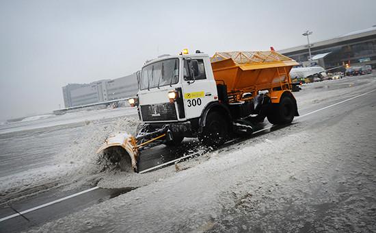 Снегоуборочная техника во Внуково