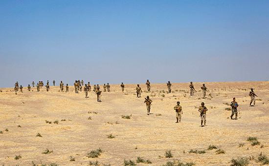 Военные в лагере Башика на севере Иракаво время подготовки к наступлению на Мосул