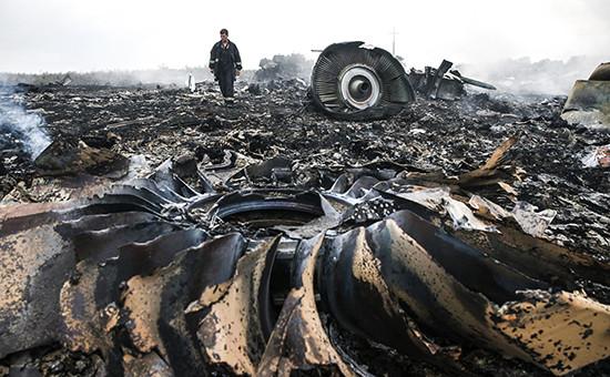 Место крушения Boeing 777 около села Грабово Донецкой области