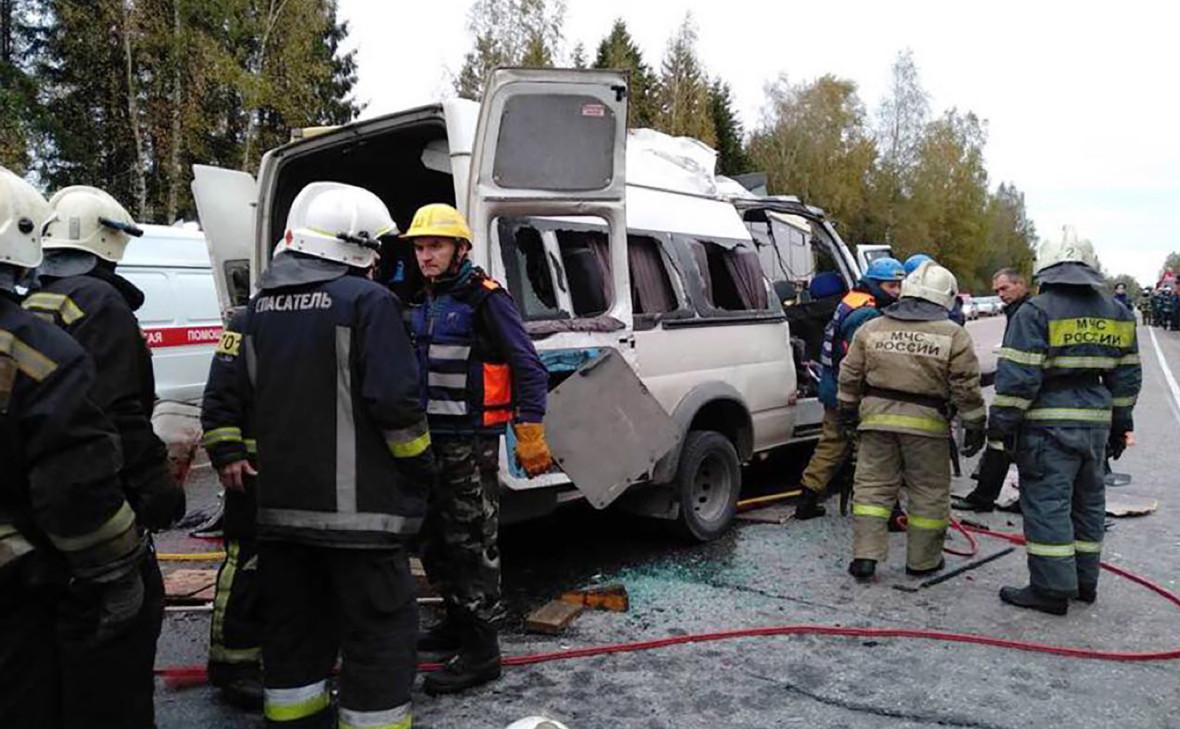 В полиции назвали причину ДТП с 13 погибшими под Тверью