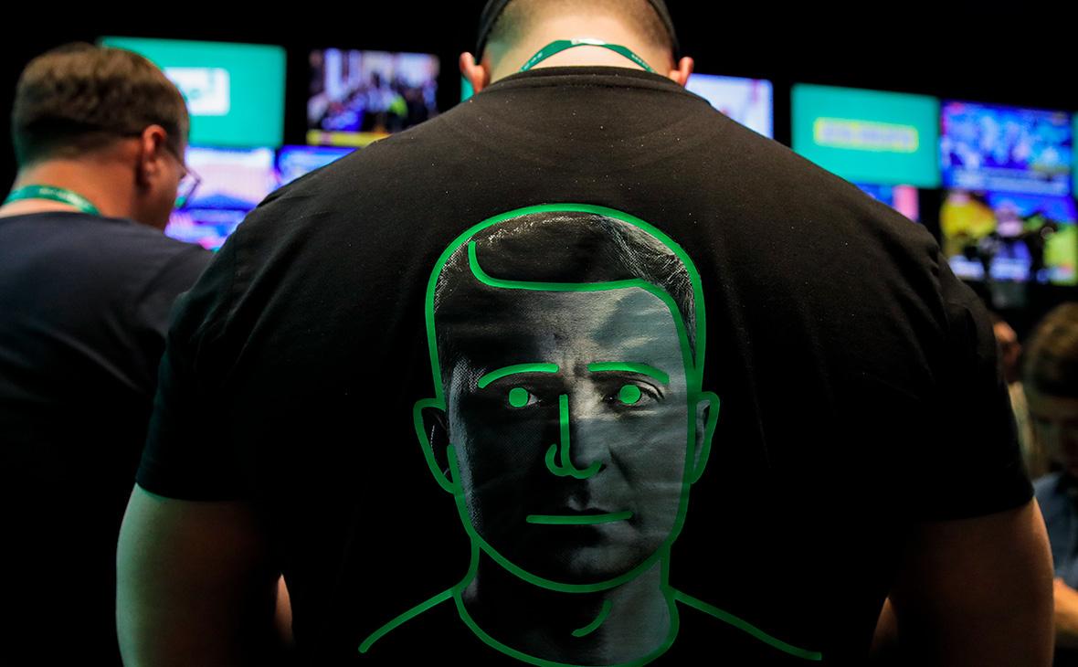 Штаб Зеленского пригрозил уголовными делами людям из окружения Порошенко