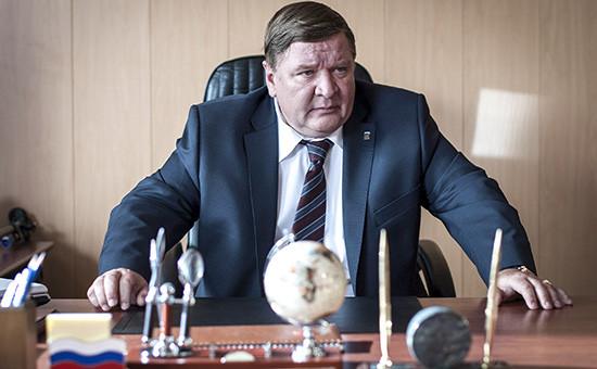 Актер Роман Мадянов в роли мэра города Прибрежный на съемках фильма  «Левиафан»