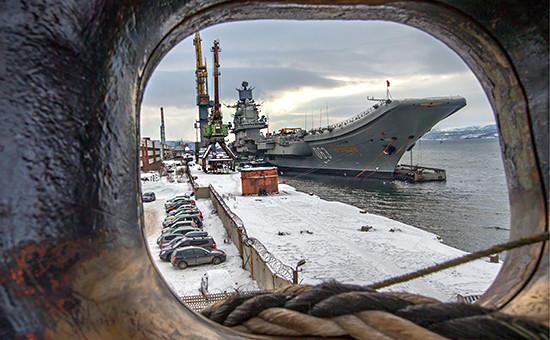 Тяжелый авианесущий крейсер«Адмирал Кузнецов». Фото: март 2016 года