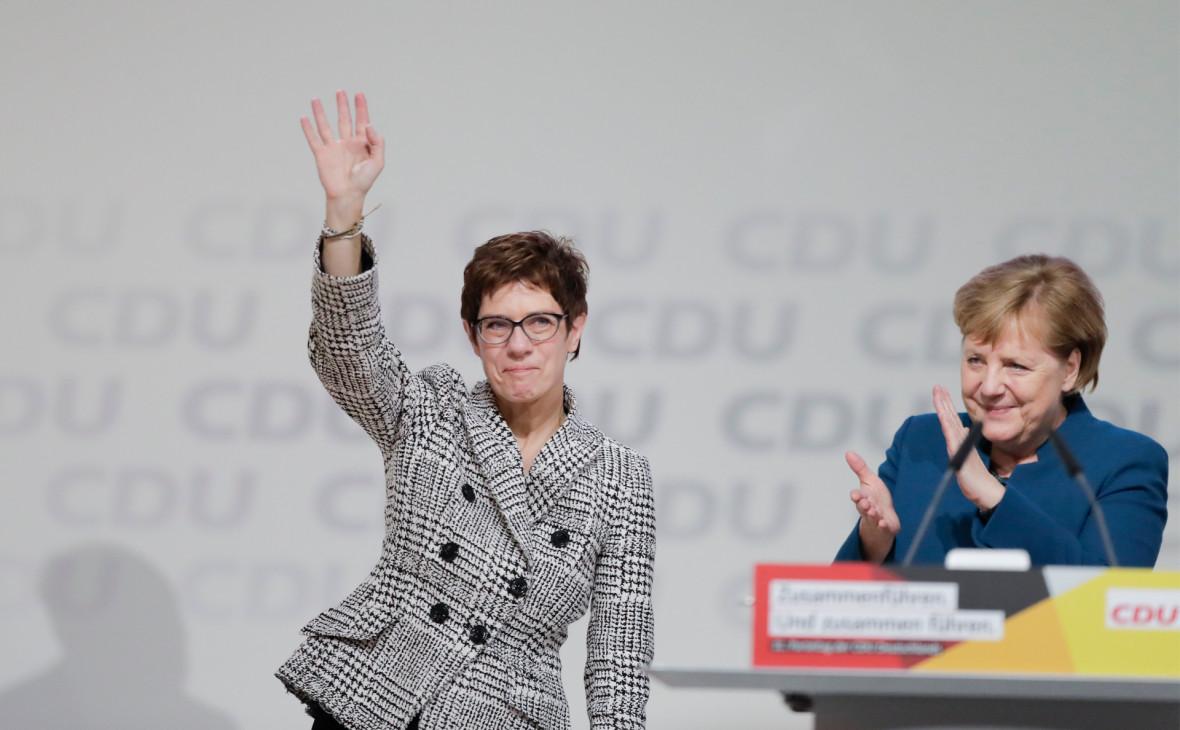 Преемница Меркель исключила возможность ее смены как канцлер раньше срока