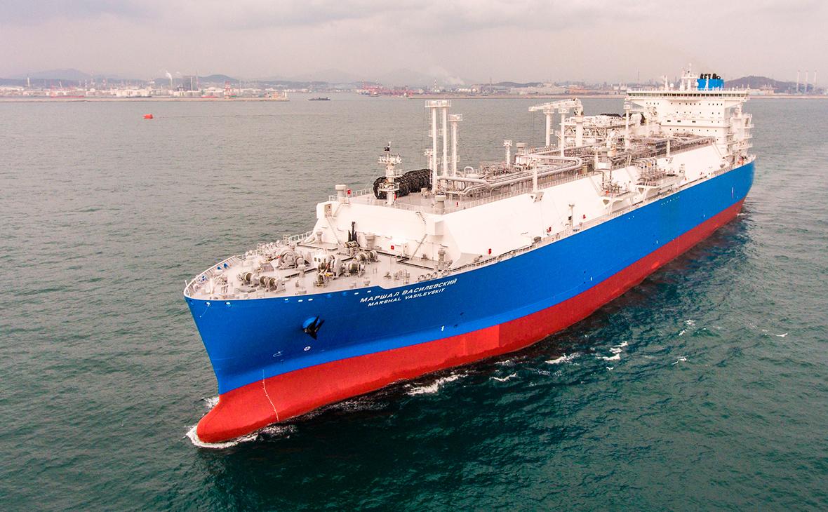 Плавучее регазификационное судно «Маршал Василевский»