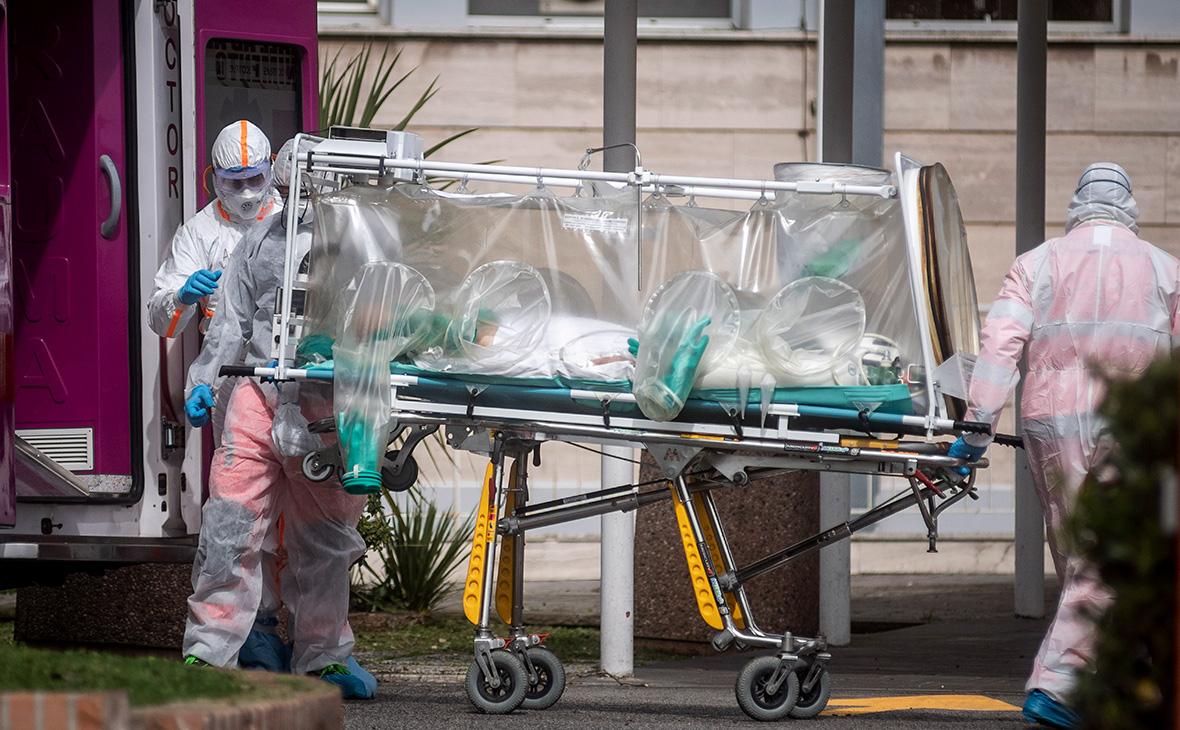 Путин пообещал Италии помощь в борьбе с коронавирусом