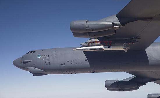 БомбардировщикB-52