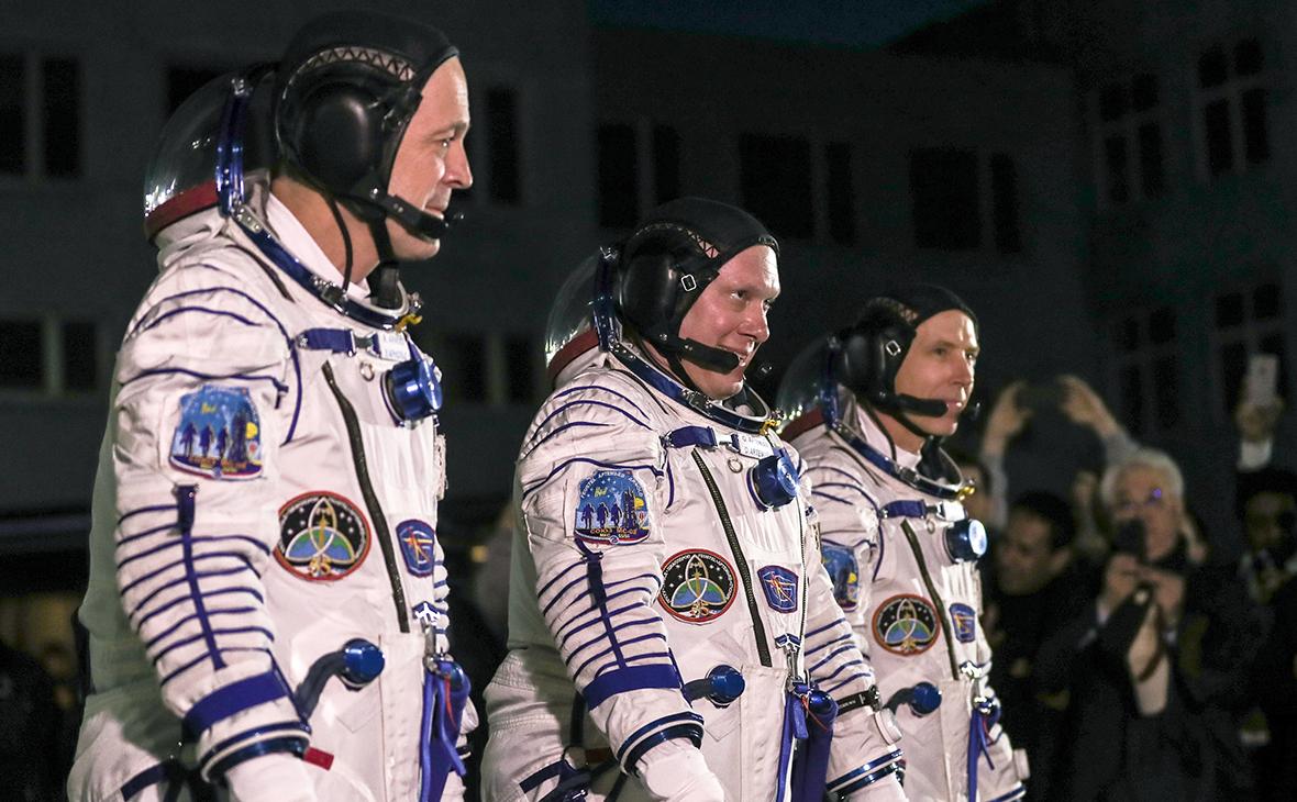 Рики Арнольд, Олег Артемьев и Эндрю Фойстел (слева направо)