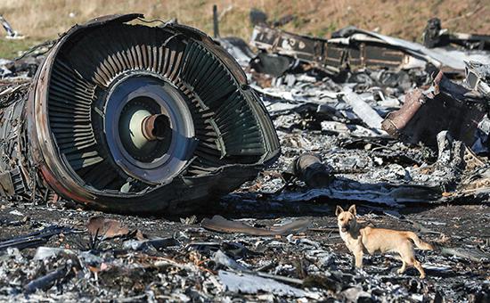 Обломки пассажирского самолета Boeing 777