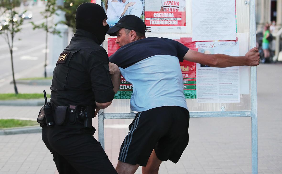 В центре Минска задержали солидарных с акцией автомобилистов граждан