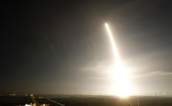 Запуск ракеты-носителя Falcon 9
