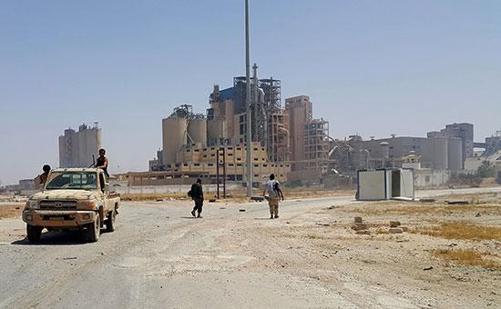 Цементный завод вБенгази, Ливия. Апрель 2016 года