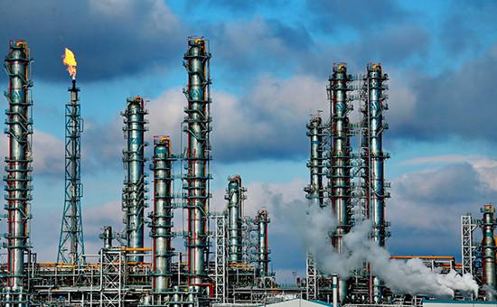 Строительство нефтехимического завода компании «Сибур»  