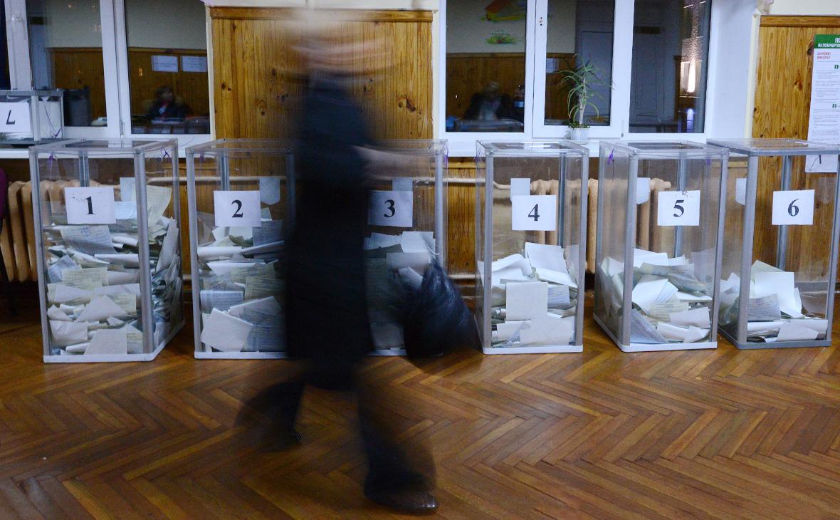 Киев не пустил российских наблюдателей от ОБСЕ на выборы в Раду