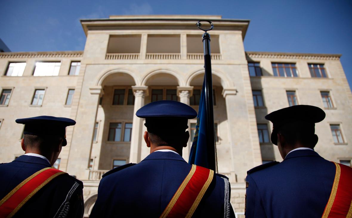 Вид на здание Министерства обороны Азербайджана