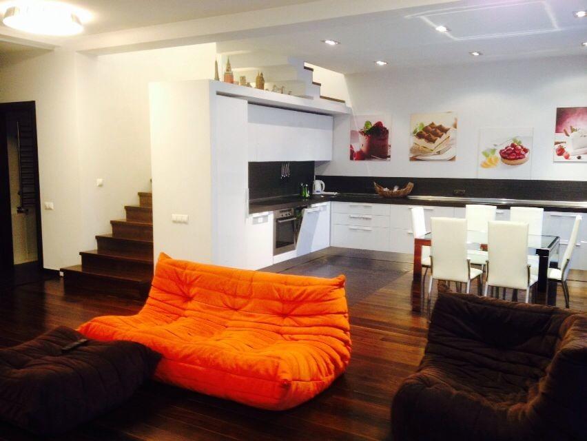Интерьер квартиры на Щетинкина, стоимость аренды — 170 тыс. руб в месяц