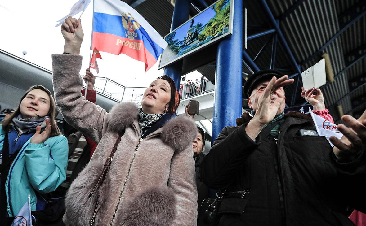 В Севастополь прибыл первый пассажирский поезд из материковой части России
