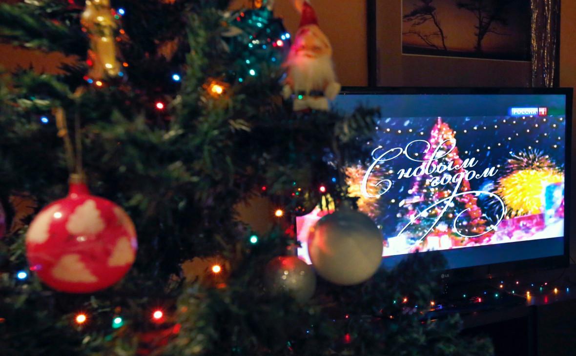 Аудитория двух крупнейших телеканалов снизилась в новогоднюю ночь