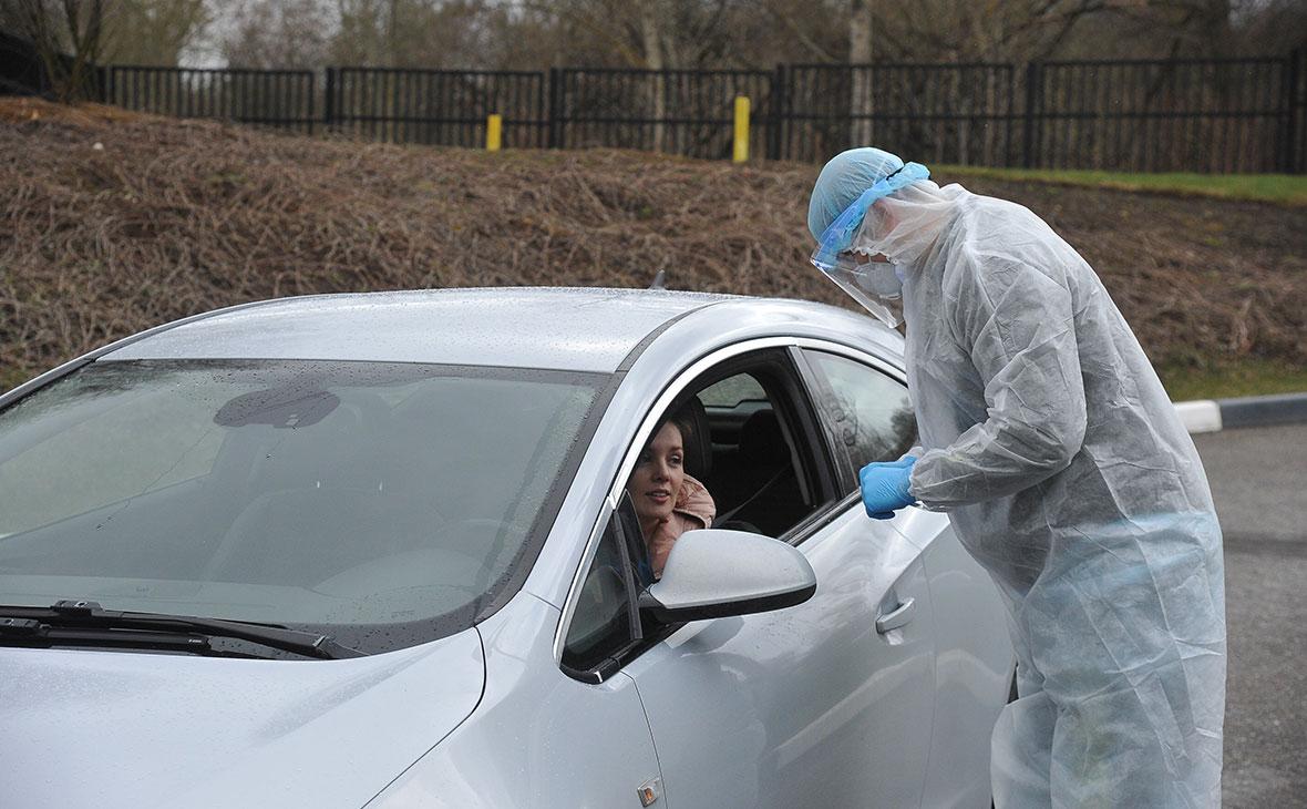 Тестирование водителей на COVID-19 сотрудниками медицинской клиники «Чайка»
