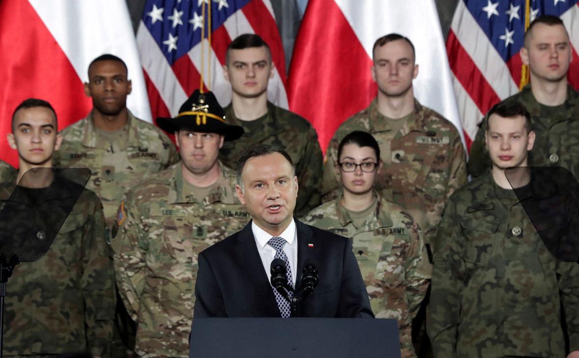 FT узнала о согласии США перебросить дополнительные войска в Польшу