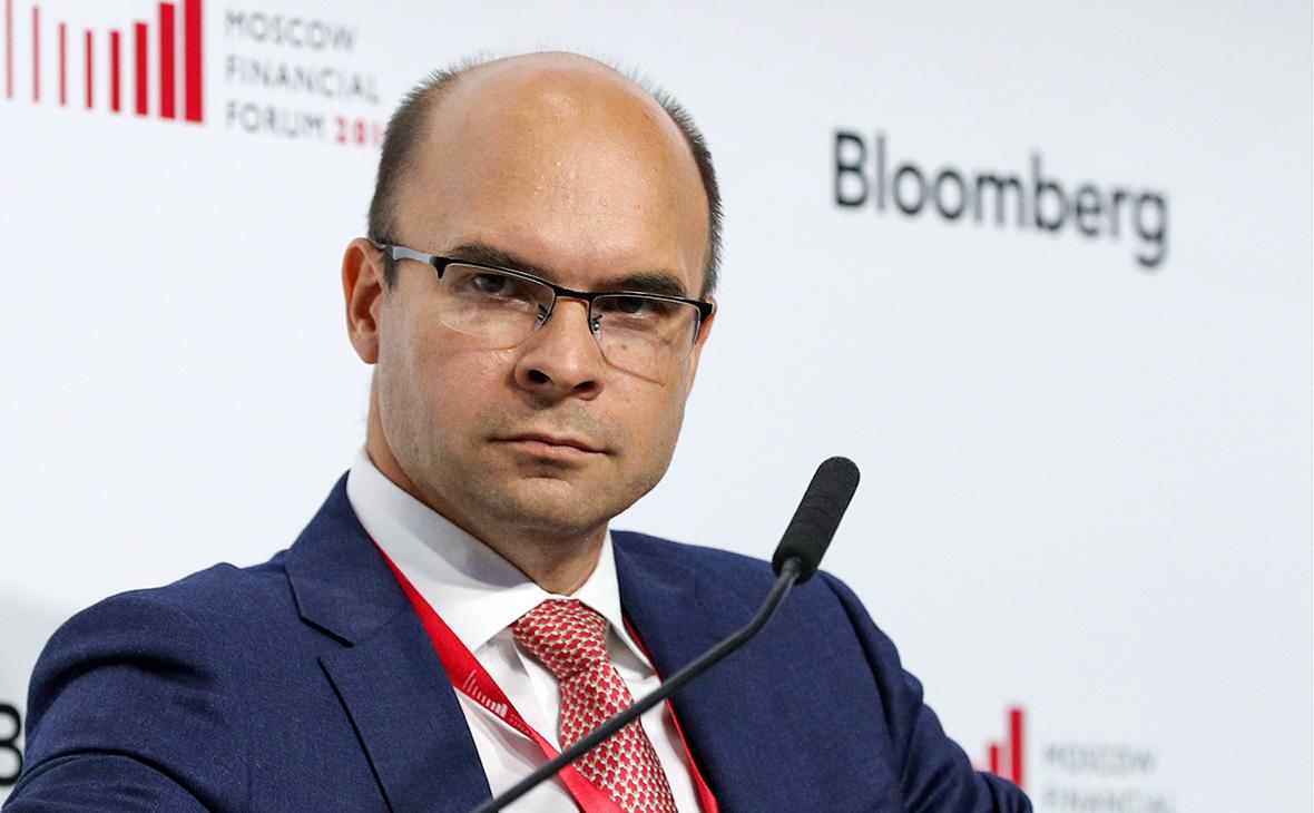 В ЦБ предсказали двукратное снижение доли долларовых вкладов россиян