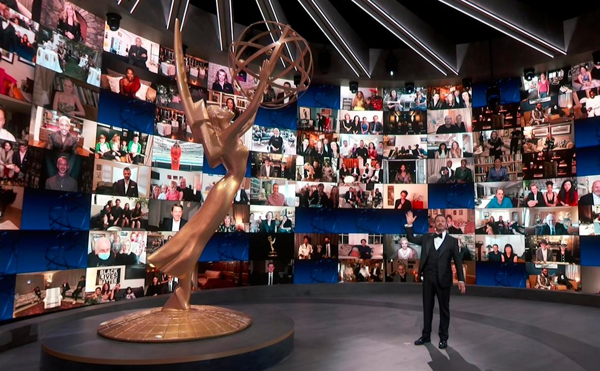 Ведущий Джимми Киммел на церемонии «Эмми»