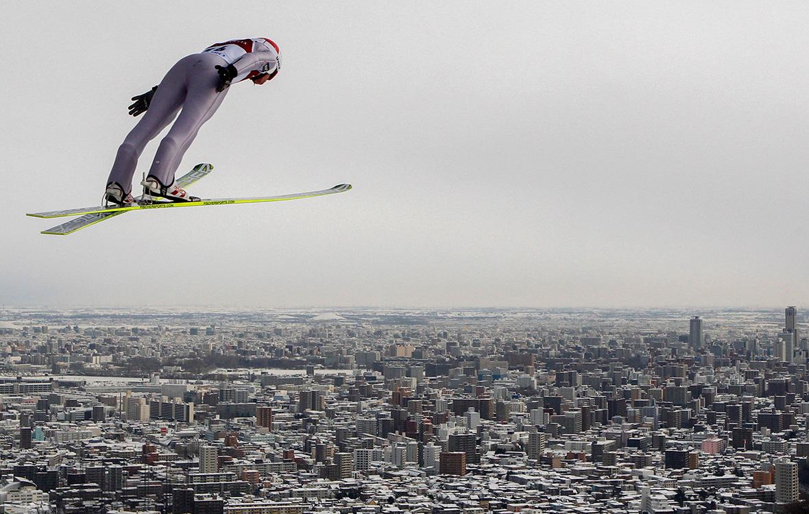 Участник кубка мира по прыжкам на лыжах с трамплина в Саппоро. 29 января 2012 года