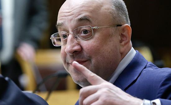 Глава комитета Госдумы по конституционному законодательству и госстроительству Владимир Плигин