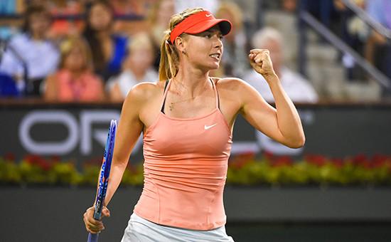 video-tennisistka-devushka-foto-so-spini-otsosala-ocheredi-porno
